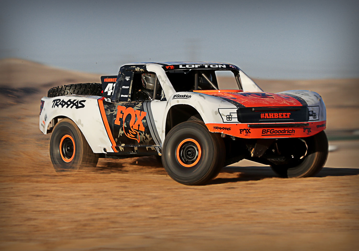 Traxxas UDR 1/6 Scale Unlimited Desert Racer Pro-Scale 4WD